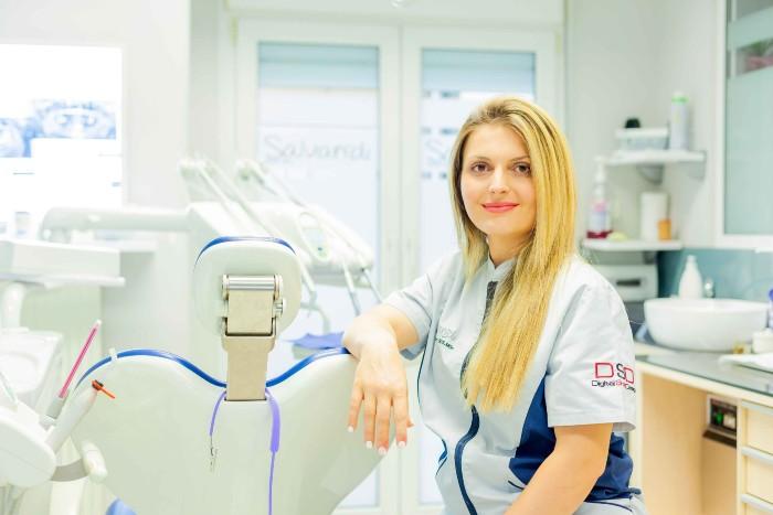 Εφαρμόζοντας σύγχρονες μεθόδους για την πρόληψη και θεραπεία της στοματικής υγιεινής